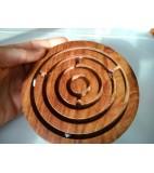 Houten labyrint rond